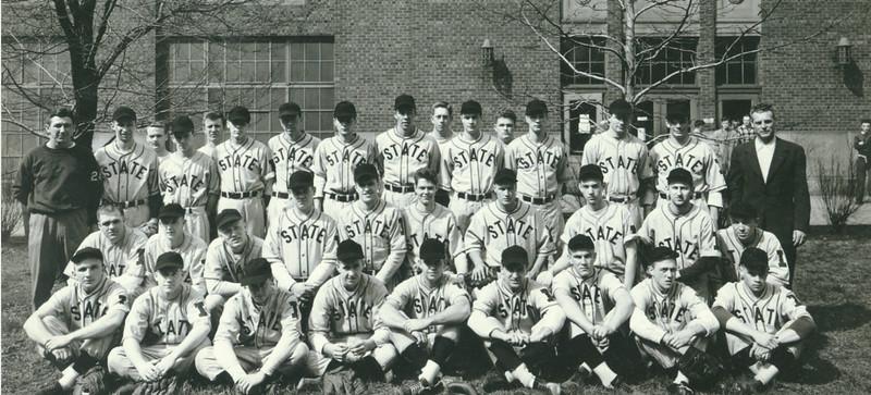 baseball_team.jpg