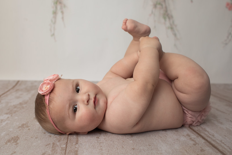 Talia's 6 month session-39.jpg