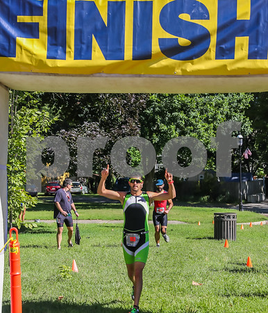 Running Photos at Finish Line 0930 - 0945