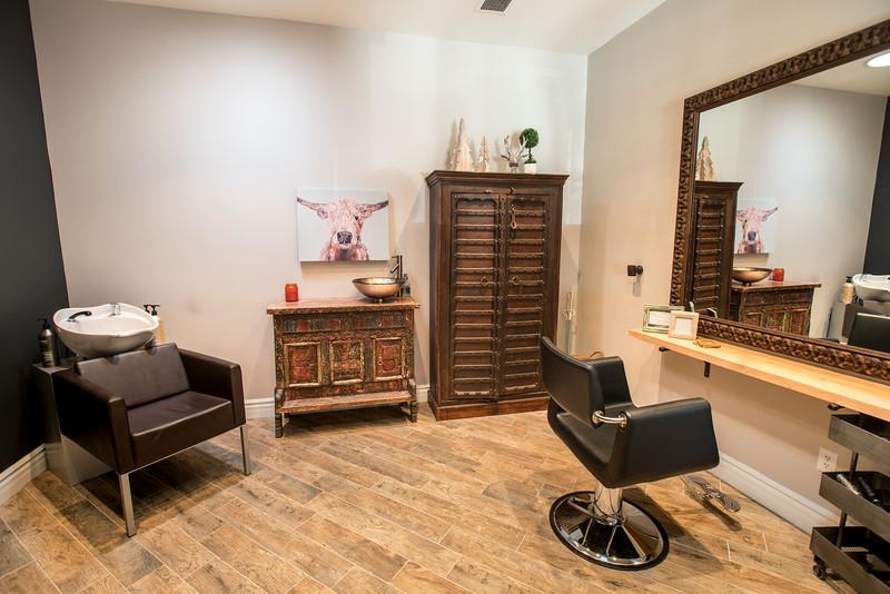 12_20_16_Hair Salon09.jpg