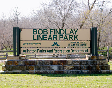 2016 Bob Findlay Linear Park