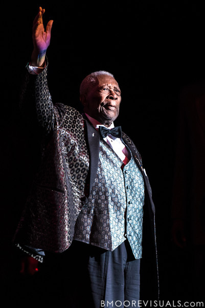 B.B. King takes the stage on January 5, 2013 at Ruth Eckerd Hall in Clearwater, Florida