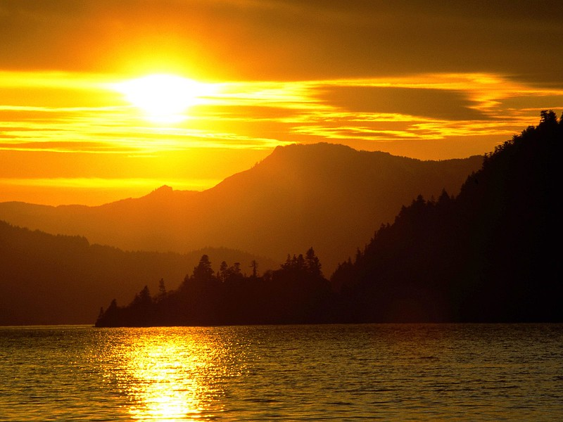 Sunset Over the Columbia River, Viento State Park, Oregon.jpg
