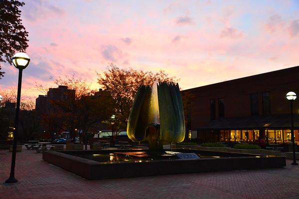 Memorial Fountain at Sunrise Nov. 2014-Rick Haye