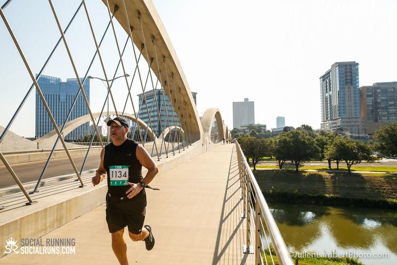 Fort Worth-Social Running_917-0433.jpg