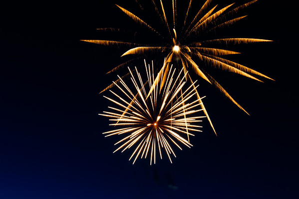 Jason Isaac's Fire in the Sky Fourth of July Fireworks - Dripping Springs Ranch Park, July 4, 2015