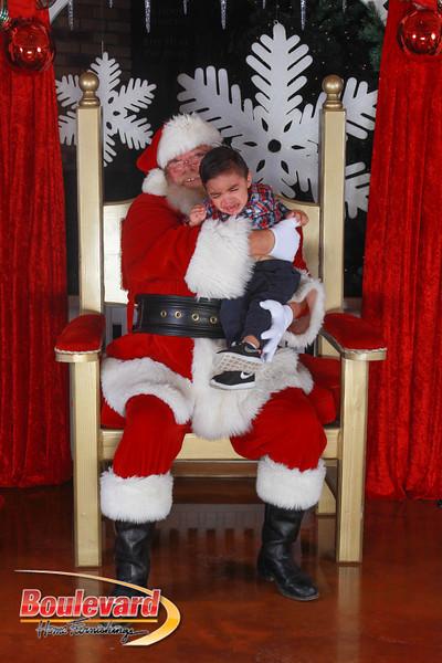 Santa 12-17-16-223.jpg