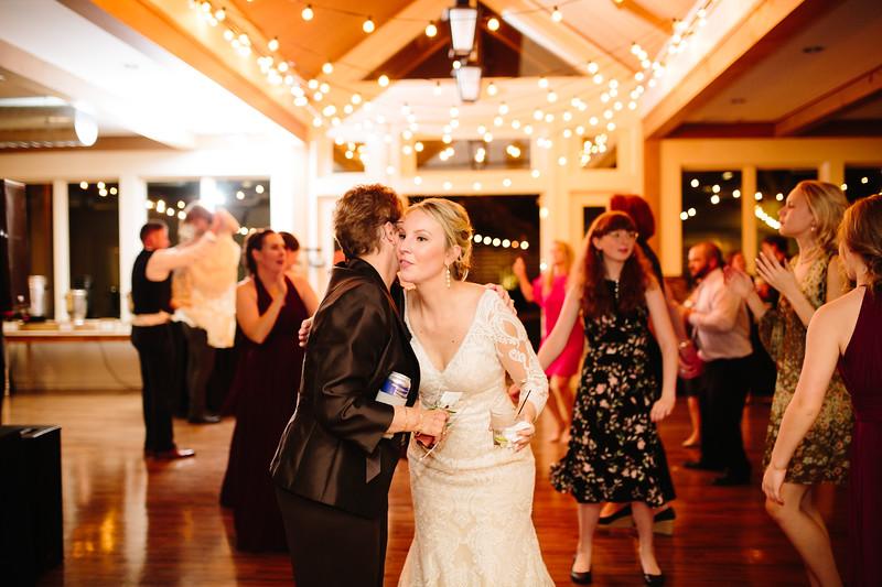 katelyn_and_ethan_peoples_light_wedding_image-818.jpg