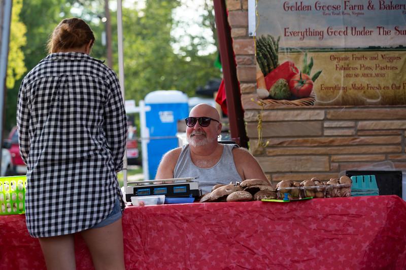 Del Ray Farmers Market 023.jpg