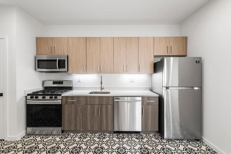 1 Yoav Shiiffman 6 units 438 Memphis Street-online-07.jpg