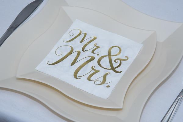 Mr & Mrs Hammuwd