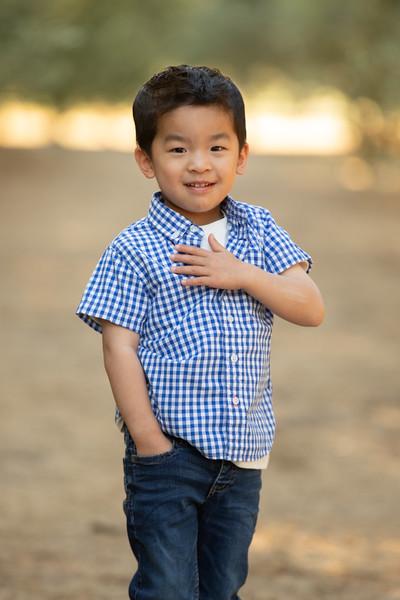 Nguyen Family-14.jpg