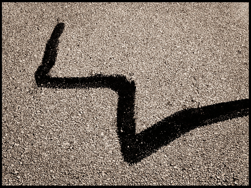 2014-02-22 Oil on pavement abstract Lufkin with black line1040558.jpg