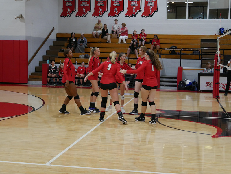 2018_9_17_Varsity VB v Warren Central_ - 28.jpg