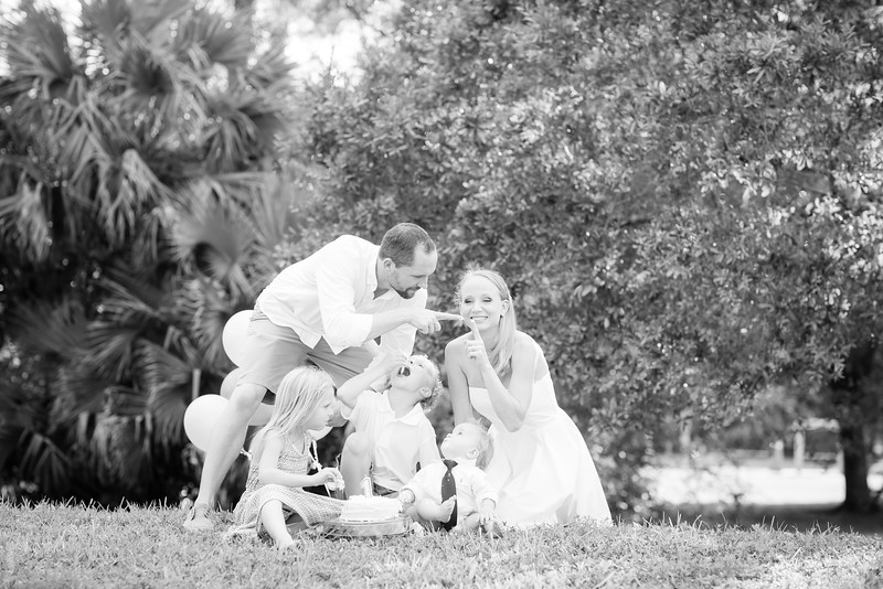 Murphy_Family Portraits_BW-73.jpg