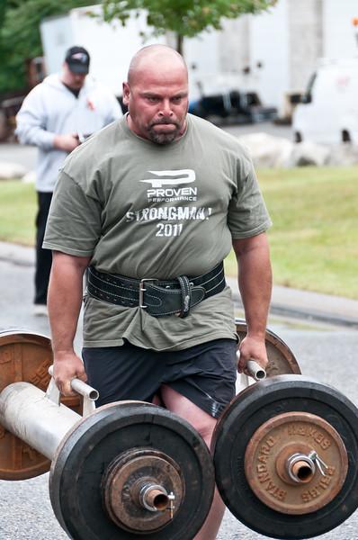 Fitness Revolution Strongman Challenge 2011_ERF3512.jpg
