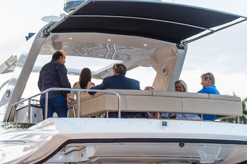 Sea Ray 590 Fort Lauderdale-112.jpg