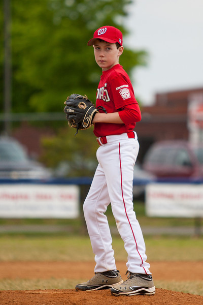 Toby warming up in the top of the 6th inning. The Nationals almost blew a big lead, but managed to hold off the Rays to win 9-7. They are now 4-2 for the season. 2012 Arlington Little League Baseball, Majors Division. Nationals vs Rays (28 Apr 2012) (Image taken by Patrick R. Kane on 28 Apr 2012 with Canon EOS-1D Mark III at ISO 400, f2.8, 1/5000 sec and 200mm)