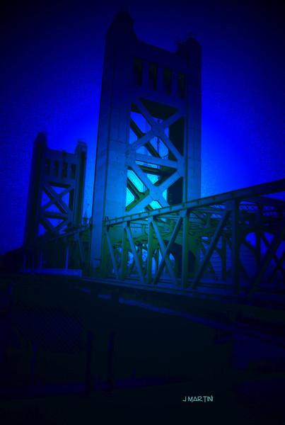tower bridge 4-27-2007.jpg