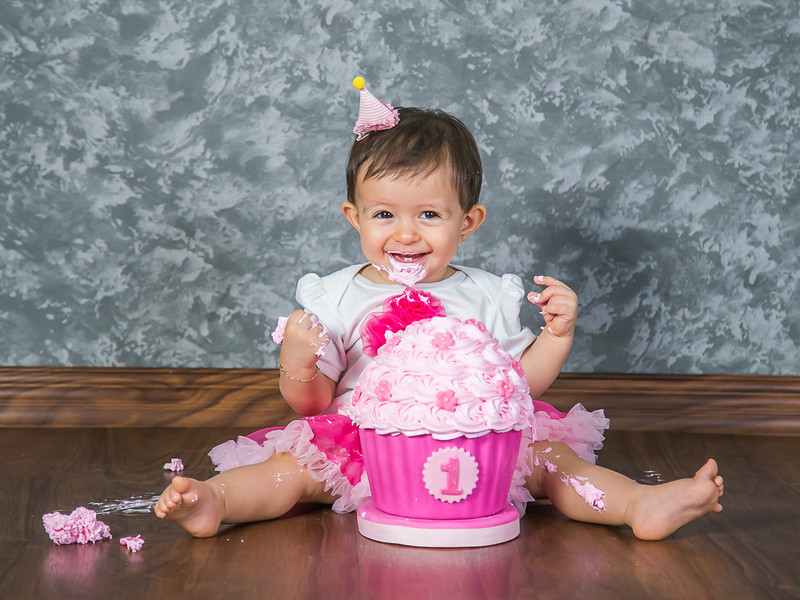 small - 2016.03.19 - Smash-the-cake Monserat (63).jpg