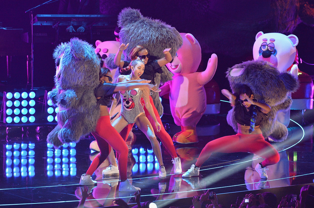 . Miley Cyrus performs onstage during the 2013 MTV Video Music Awards at the Barclays Center on August 25, 2013 in the Brooklyn borough of New York City.  (Photo by Rick Diamond/Getty Images for MTV)