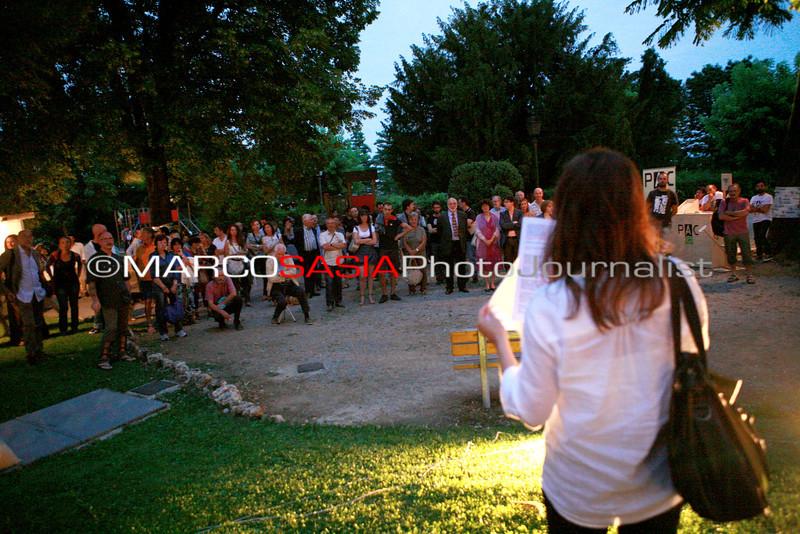 0185-zooart-01-2012.jpg