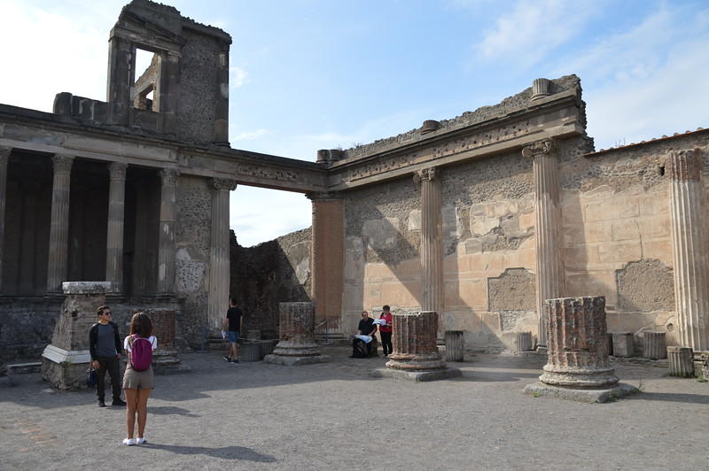2019-09-26_Pompei_and_Vesuvius_0850.JPG