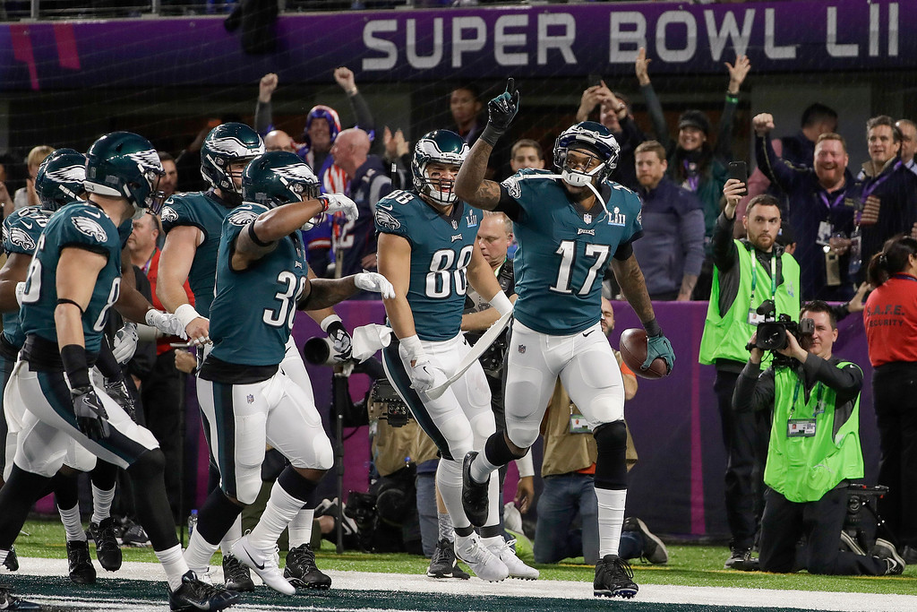 . Philadelphia Eagles\' Alshon Jeffery (17) celebrates his touchdown catch during the first half of the NFL Super Bowl 52 football game against the New England Patriots Sunday, Feb. 4, 2018, in Minneapolis. (AP Photo/Matt Slocum)