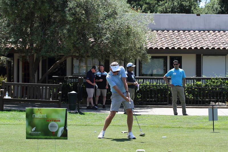 Momentum Golf Benefit-71.jpg