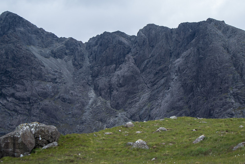 The summits are bare rock with steep cliffs