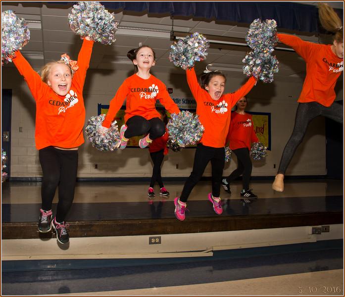 160310_0021 HiREz Jumping Girls.jpg