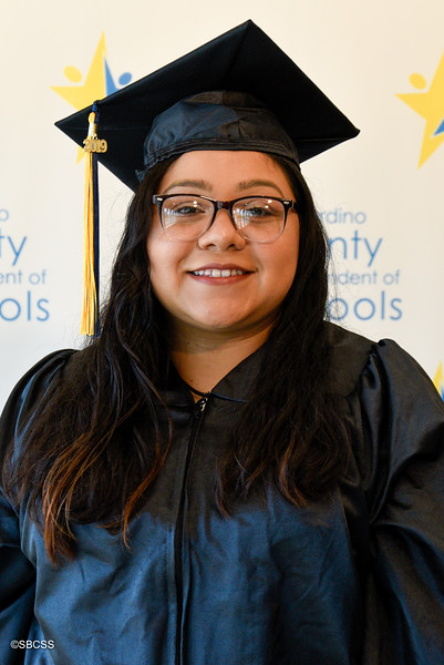 20190614_SSGradPortraits-61.jpg
