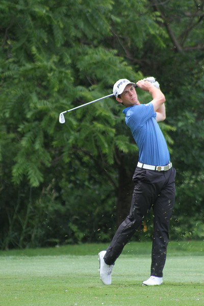 Dawson Armstrong of Brentwood, Tennessee hits a tee shot off no. 11 during the second round of the 2014 Western Junior Championship.