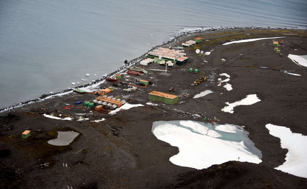 . Aerial view of Brazil\'s Comandante Ferraz base, in Antarctica on March 10, 2014.    AFP PHOTO / VANDERLEI ALMEIDA /AFP/Getty Images