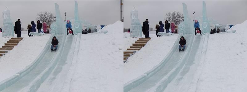 2011-01-02, Ice Sculptures on Cosmonautics (3D LR)