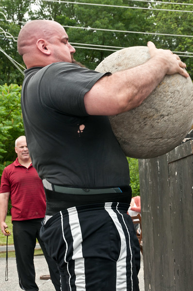 Fitness Revolution Strongman Challenge 2011_ERF4473.jpg