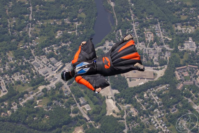 Early June 2012 Skydiving -5063.jpg