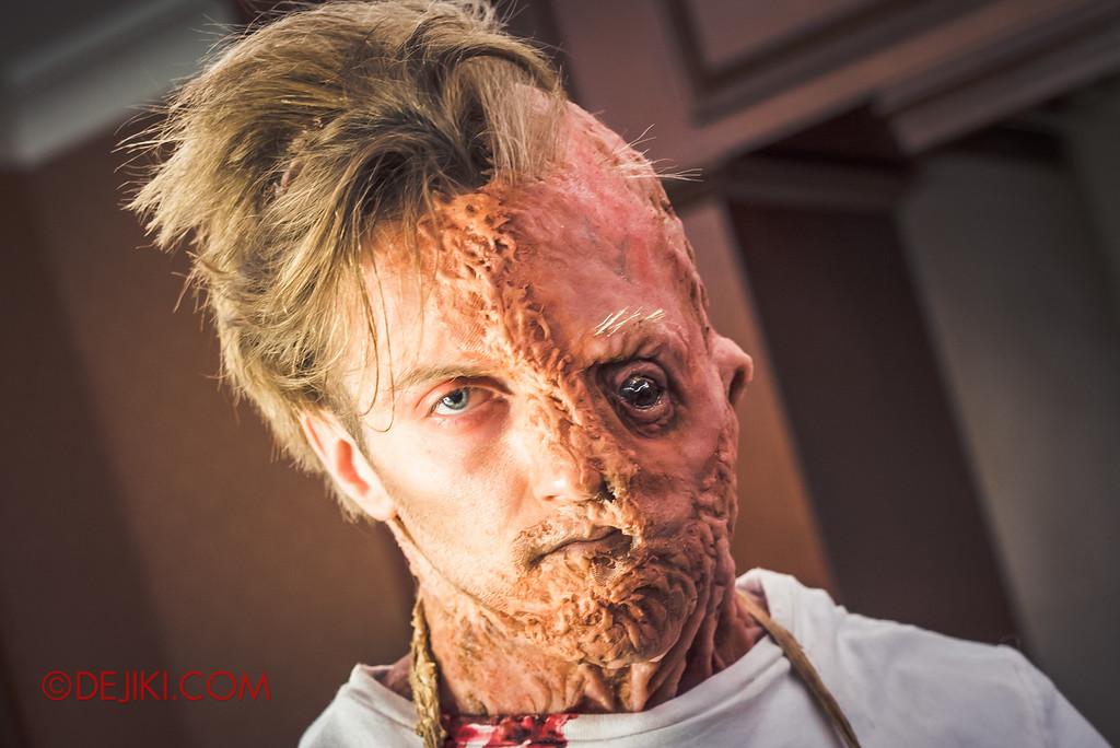 Halloween Horror Nights 6 Behind The Screams BTS Tour 2016 / Damien Shipman gaze