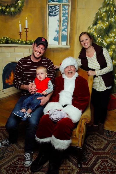 Pictures with Santa Earthbound 12.2.2017-115.jpg