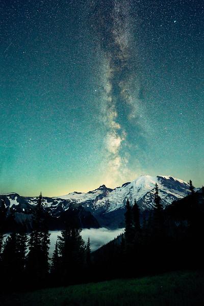 Rainier Astro.jpg