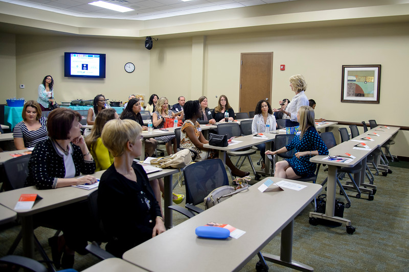 20160510 - NAWBO MAY LUNCH AND LEARN - LULY B. by 106FOTO - 014.jpg