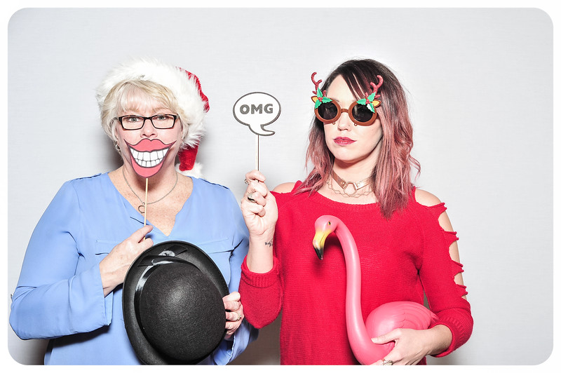 WDTN-TV-Holiday-Photobooth-1.jpg