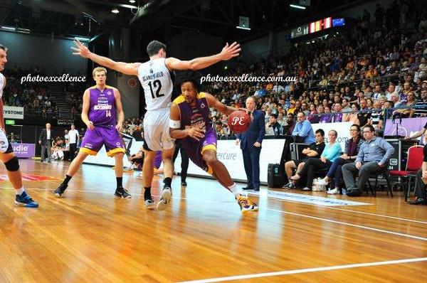 Sydney Kings v Melbourne United 30-12-15