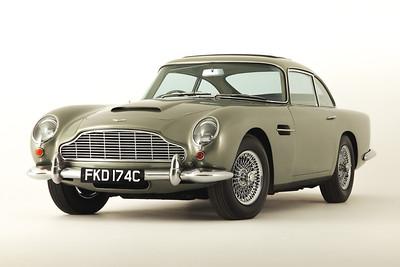Aston Martin DB5-250114