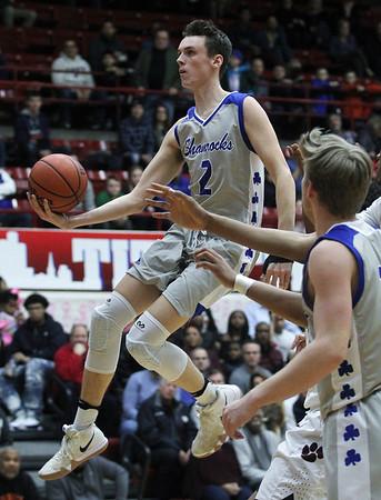 OP Catholic Central vs U of D Jesuit, basketball
