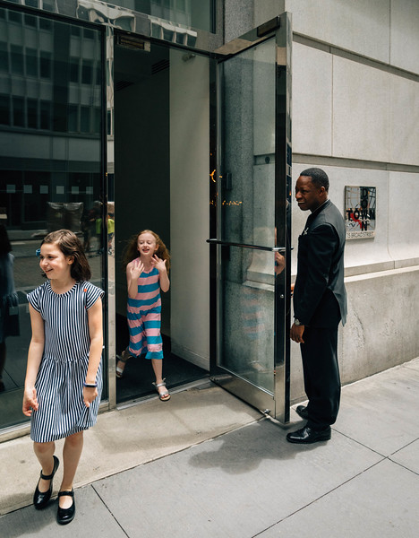 Doorman and little girls 1.jpg