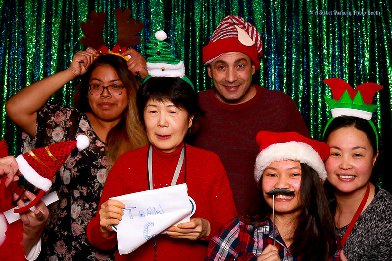 Medtronic Holiday Party -450.jpg