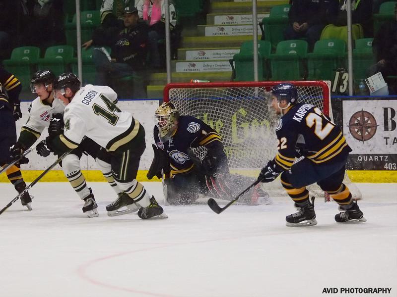 Ookotoks Oilers vs Calgary Mustangs AJHL Nov 14th (17).jpg