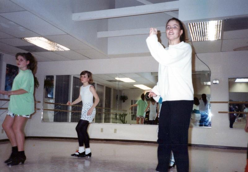 Dance_2230_a.jpg