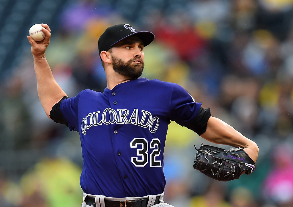 . PITTSBURGH, PA - MAY 21:  Tyler Chatwood #32 of the Colorado Rockies pitches during the second inning against the Pittsburgh Pirates on May 21, 2016 at PNC Park in Pittsburgh, Pennsylvania.  (Photo by Joe Sargent/Getty Images)